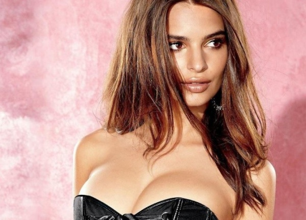 Did You Miss Emily Ratajkowski? You Will Love It