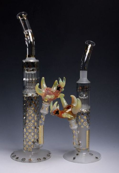 Creative Glass Pipes (28 pics)