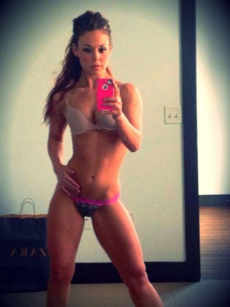 Sexy Selfies (49 pics)