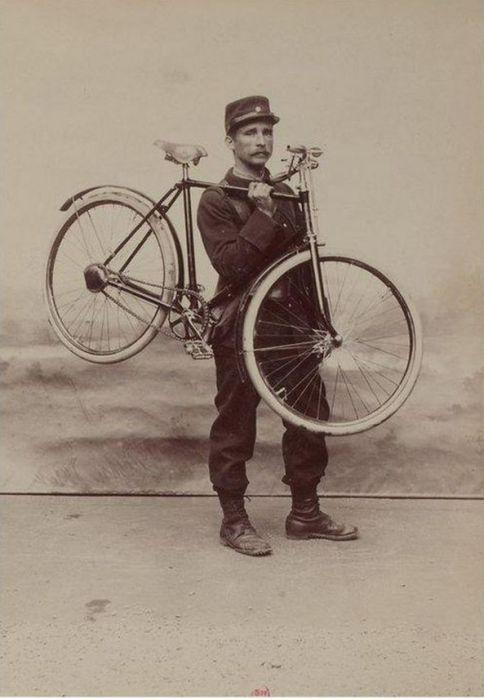 Gladiator Bike (13 pics)