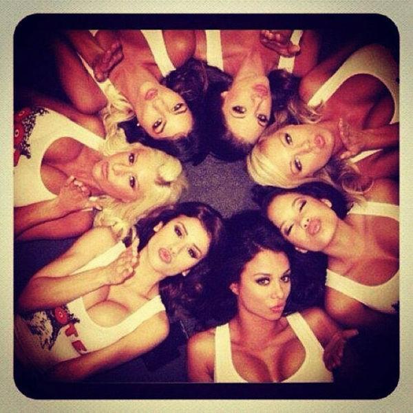 Hooters Girls (39 pics)