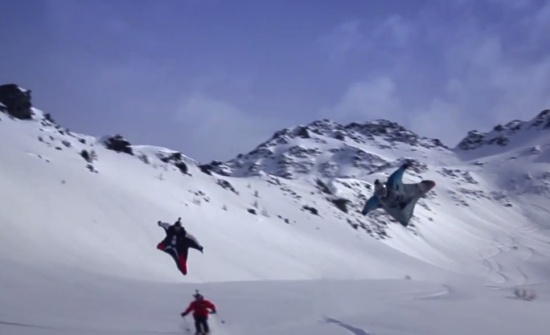 Base Jump Flying Suit Performance