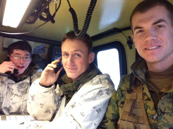 Soldier Selfies (50 pics)
