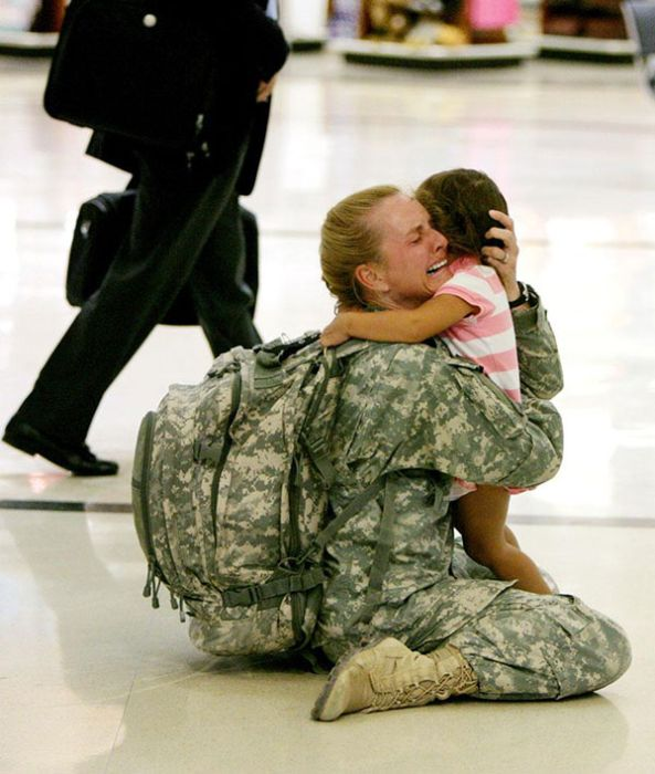 Returning Home From War (24 pics)