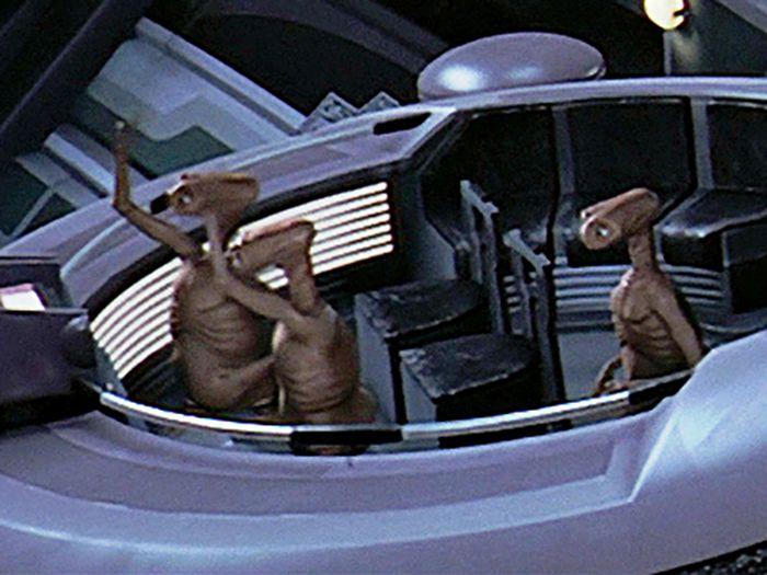 ET / Star Wars Theory (9 pics)