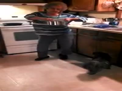 Grandma Dances to 'Ice Ice Baby'