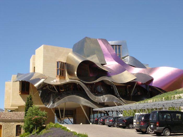 Hotel Marques de Riscal (27 pics)