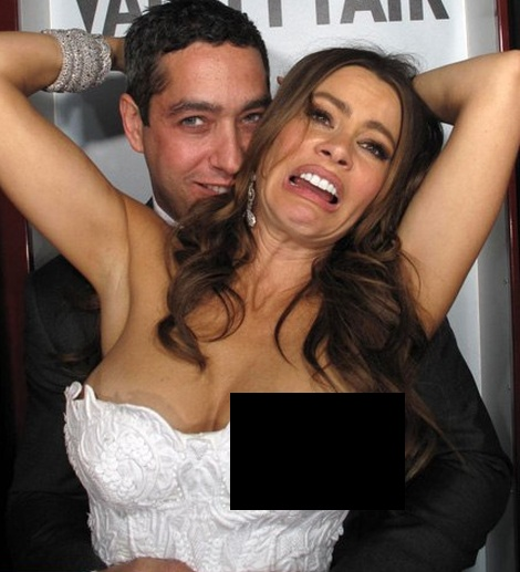 The Hottest Photo Booth Pictures (26 pics)