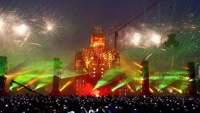 Cool EDM Festival Stages (27 pics)