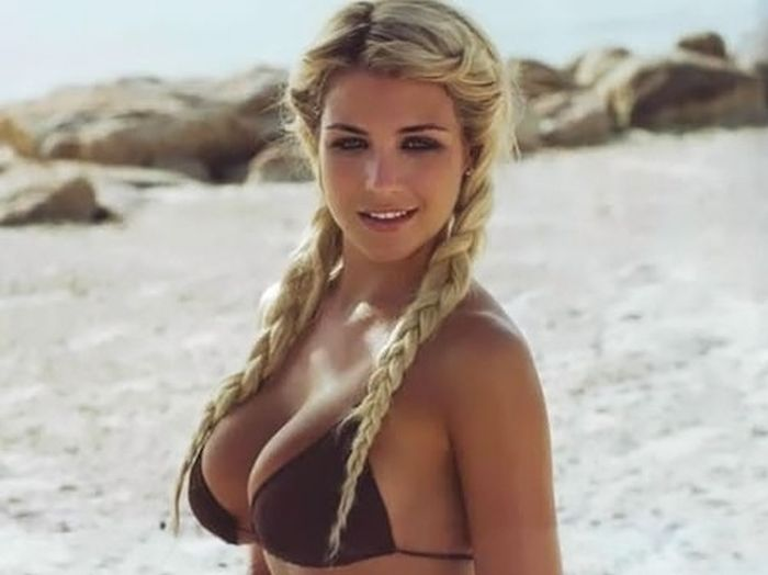 Boobs and More (35 pics)