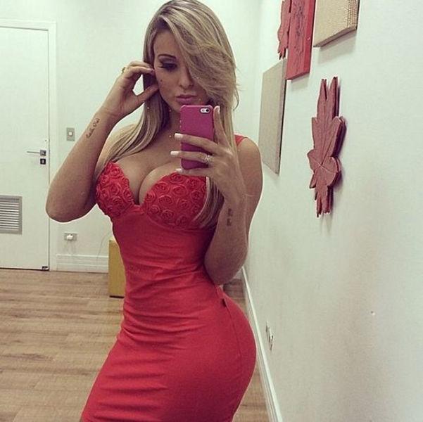 Pretty Girls in Tight Dresses. Part 13 (46 pics)
