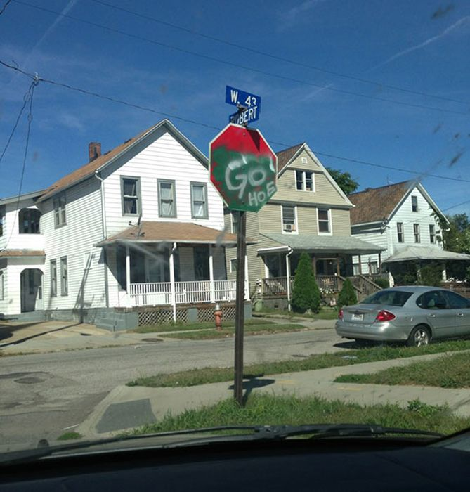 Welcome to the Ghetto (33 pics)