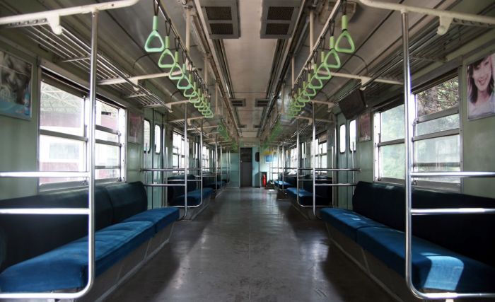 Subway Cars Around the World (30 pics)