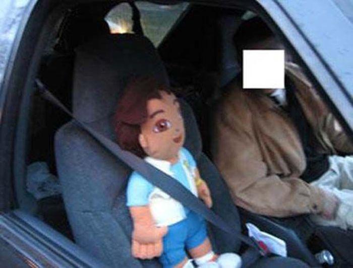 Fake Passengers for the Carpool Lane (15 pics)