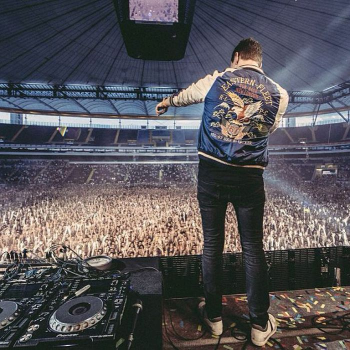 The Life of Tiesto (43 pics)