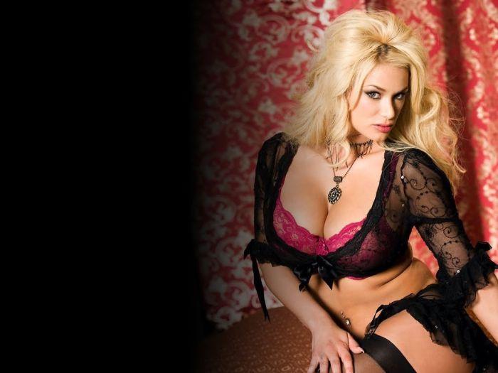 Porn Stars of 2014 (25 pics)