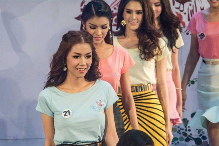 Thailand's Miss Tiffany's 2014 (19 pics)