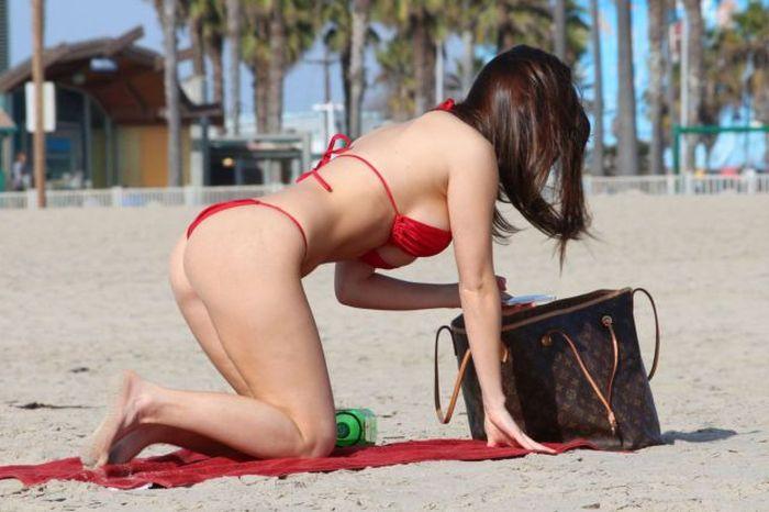 Pretty Bikini Girls (66 pics)
