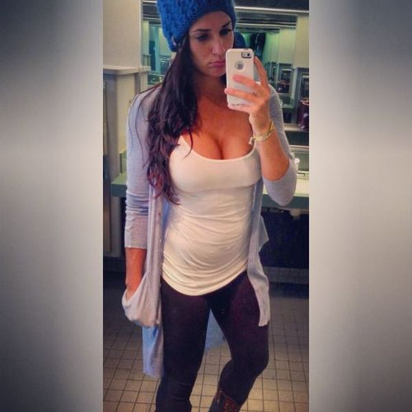 Girls Get Bored at Work. Part 6 (31 pics)