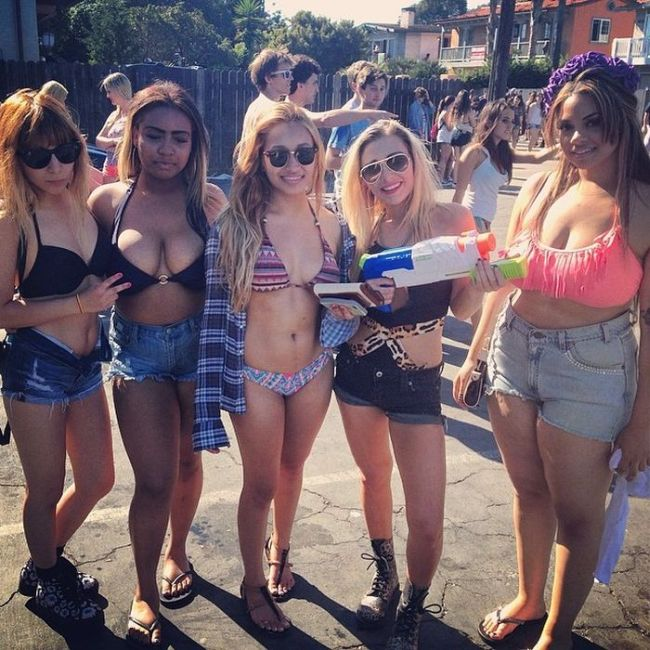 Girls of Deltopia Spring Break Party (53 pics)