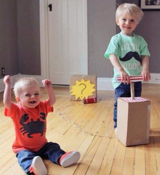 Parents Reveal Baby's Gender in a Fun Way (5 pics)
