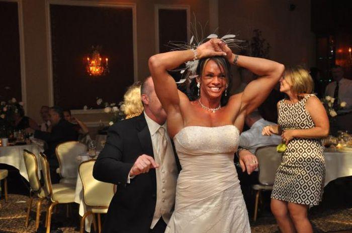 Gabrielle Hames Gets Married (20 pics)