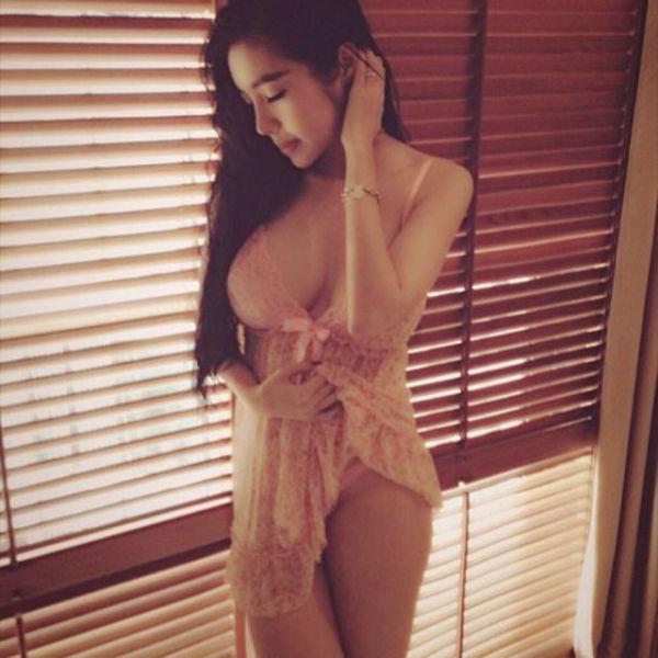 New Photos of Elly Tran Ha (39 pics)