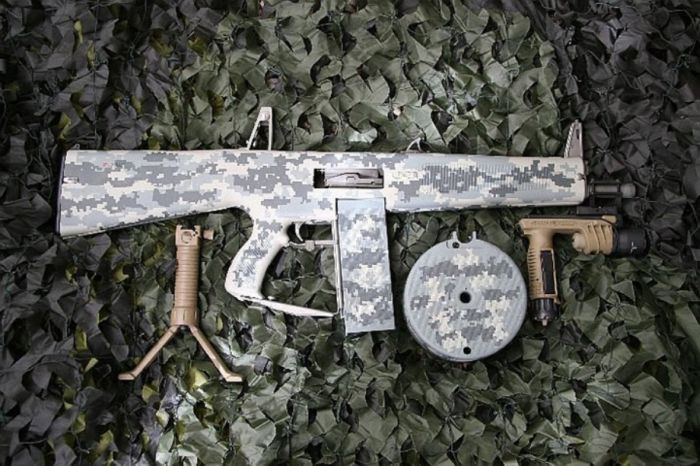The Coolest Anti-Zombie Weapons (36 pics)