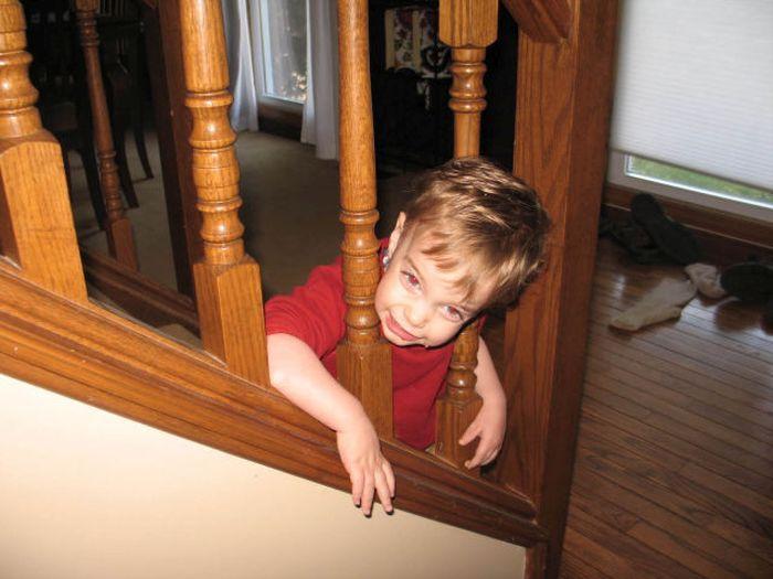 Kids Got Stuck (31 pics)