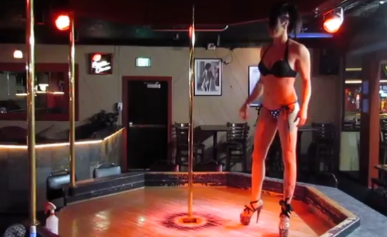 Girl Shows Her Acrobatic Pole Dance Skills