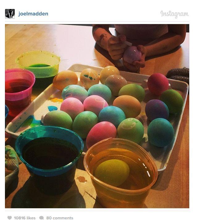 Celebrities Celebrating Easter (46 pics)