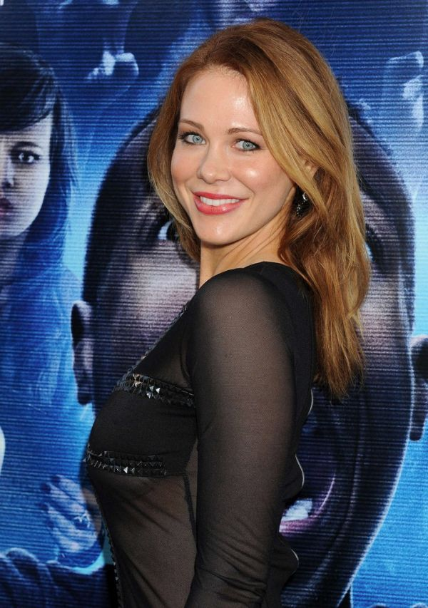 Maitlan Ward Went To A Movie Premiere Without Panties 10 -4771