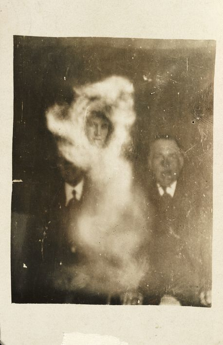 These Pics From The 1920s Will Definitely Haunt Your Dreams (23 pics)