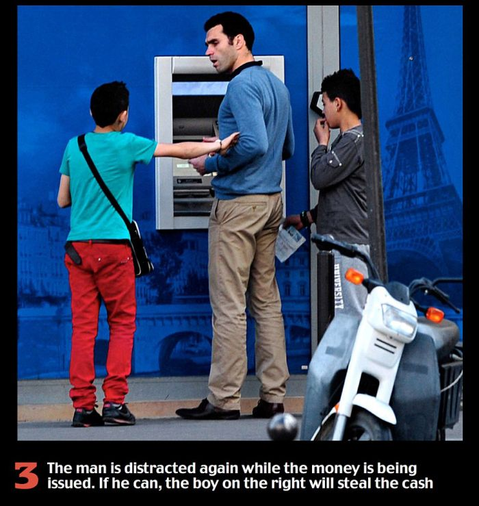 Don't Fall For This Scam At The ATM (3 pics)