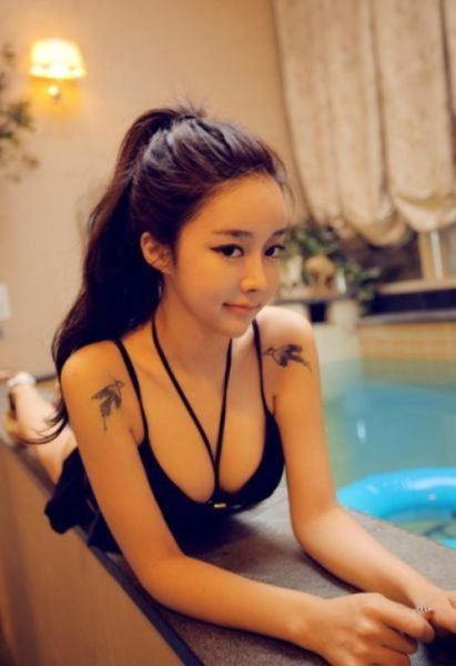 These Asian Girls Will Make Your Jaw Drop (41 pics)