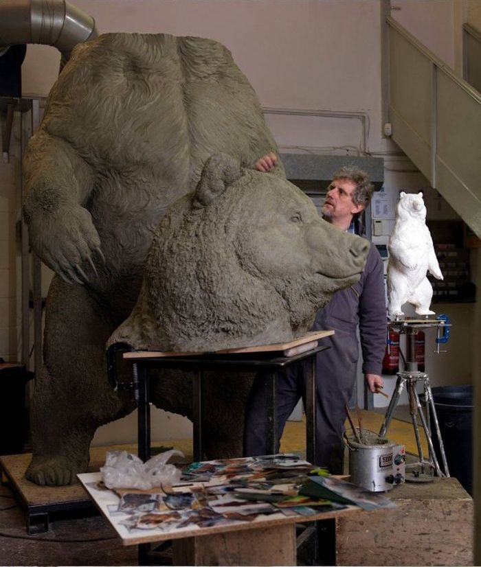 See How This Bronze Bear Is Brought To Life (37 pics)