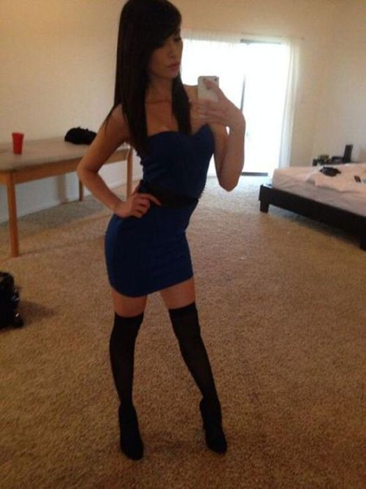A Tight Dress Is Never A Bad Thing (53 pics)