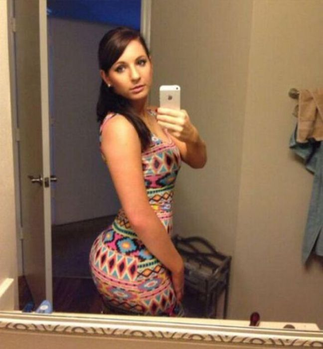 A Tight Dress Is Never A Bad Thing 53 Pics-8453
