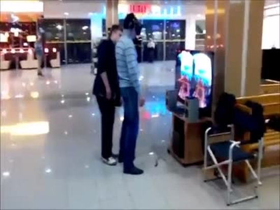 Hilarious Oculus Rift Testing Gone Wrong