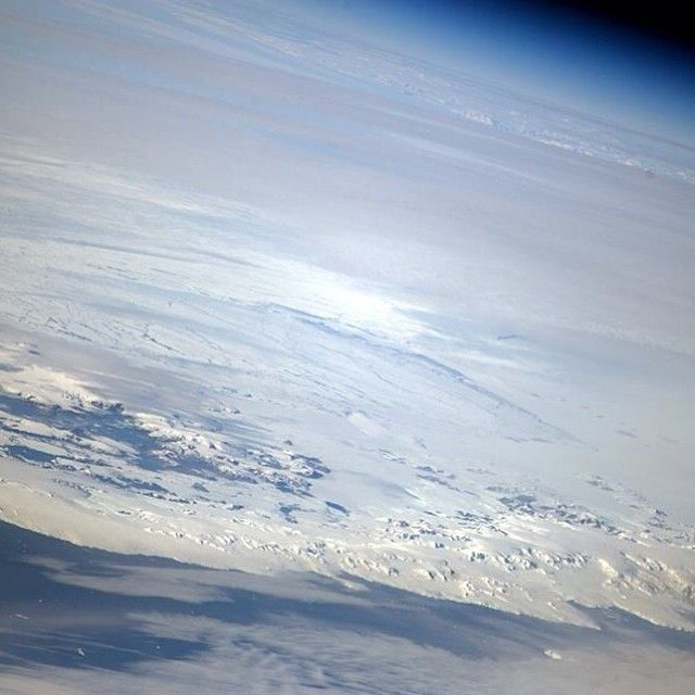 Breathtaking Photos From The International Space Station (41 pics)