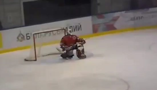 Swiss Female Goalkeeper Likes To Dance During The Game