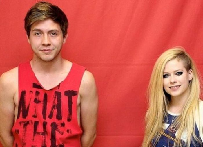 What It's Really Like To Meet Avril Lavigne (29 pics)