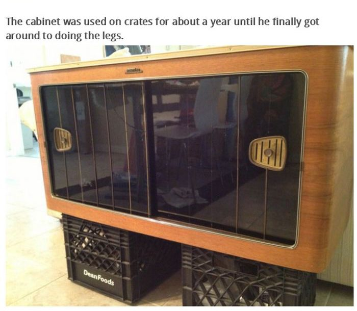 Radio Doesn't Work Anymore Now It's A Liquor Cabinet (19 pics)