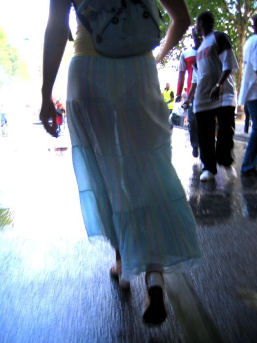 See Through Dresses With A Great View (47 pics)
