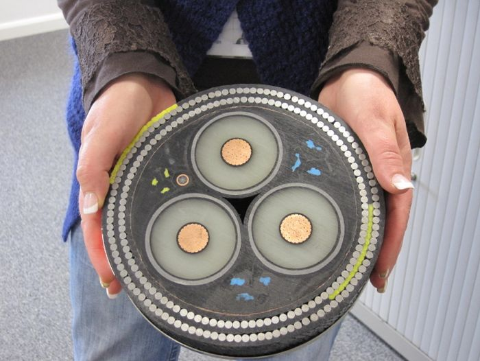 This Submarine Power Cable Is Worth A Lot Of Money (3 pics)