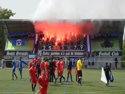 Soccer Fan's Crazy Performance