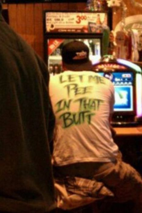 What The Heck Is Wrong With These People? (30 pics)