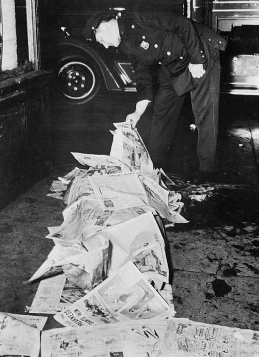 Photos From The First Crime Scene Photographer (22 pics)