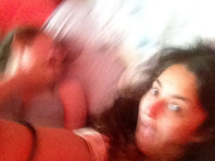 Selfie Girls Get Photo Bombed By A Spider (5 pics)