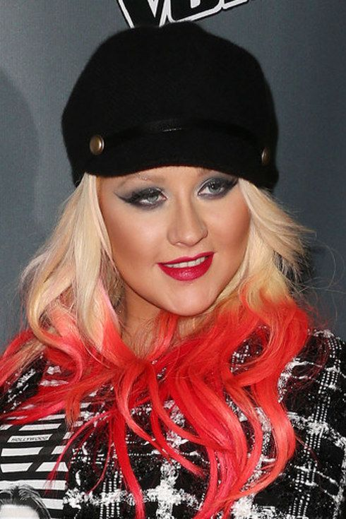 Celebrities With Extreme Makeup Makeovers (54 pics)